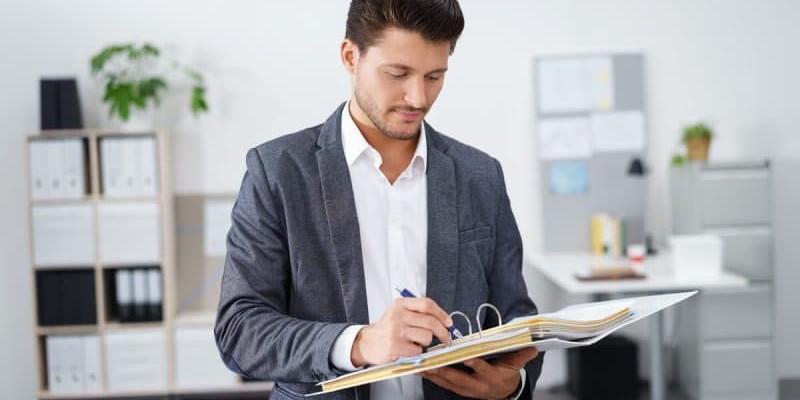 Sprawdzanie dokumentów
